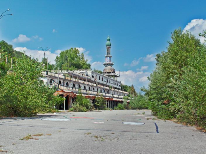 Consonno - Borgo abbandonato